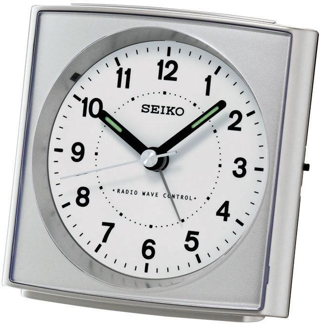 Silberner Funkwecker von Seiko QHK022S mit Weckwiederholung und Licht