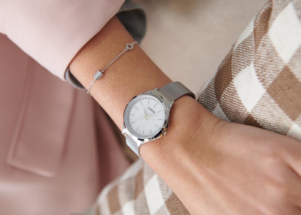 Armbanduhr Lorus RG279QX9 mit Perlmutt Zifferblatt und geflochtenen Armband