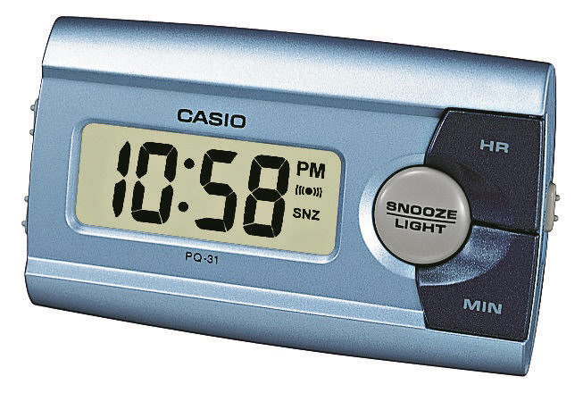 Metallic-blauer Digitalwecker Casio PQ-31-2EF mit Licht, Weckwiederholung und 12-24 Stunden Anzeige